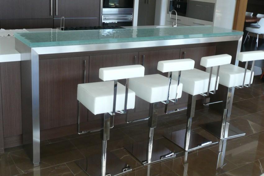 Plan de travail en verre exemples de r alisations en photo - Bar de cuisine en verre ...