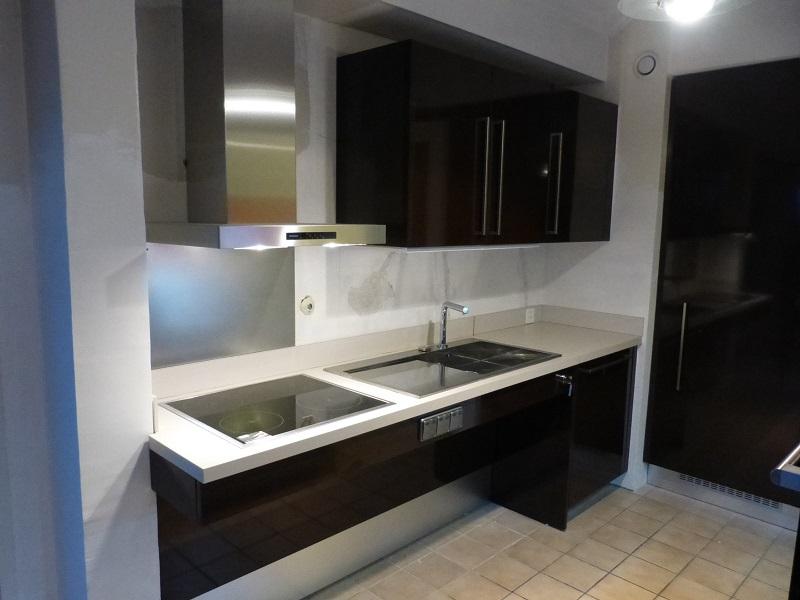 exemple plan de cuisine circulation plan maison. Black Bedroom Furniture Sets. Home Design Ideas