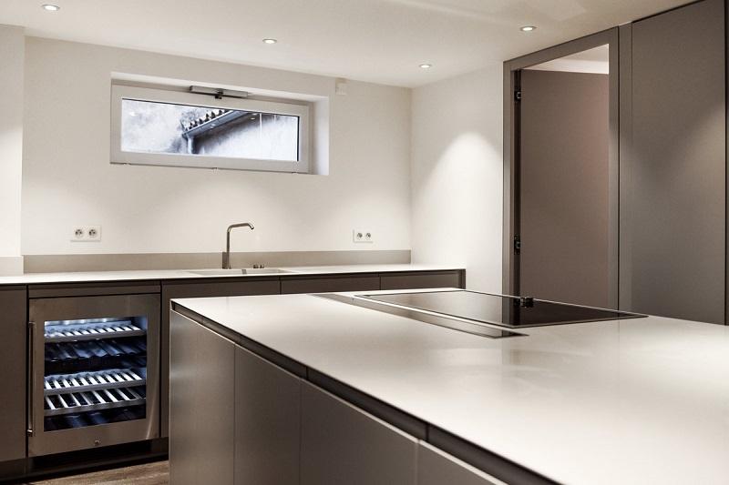 plan de travail en r sine exemples de r alisations en photo. Black Bedroom Furniture Sets. Home Design Ideas